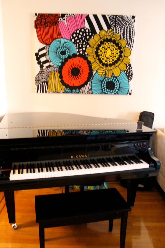 We made this with a wooden frame and Marimekko fabric